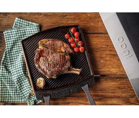 Ooni Dual-Sided Grizzler Pan vlees